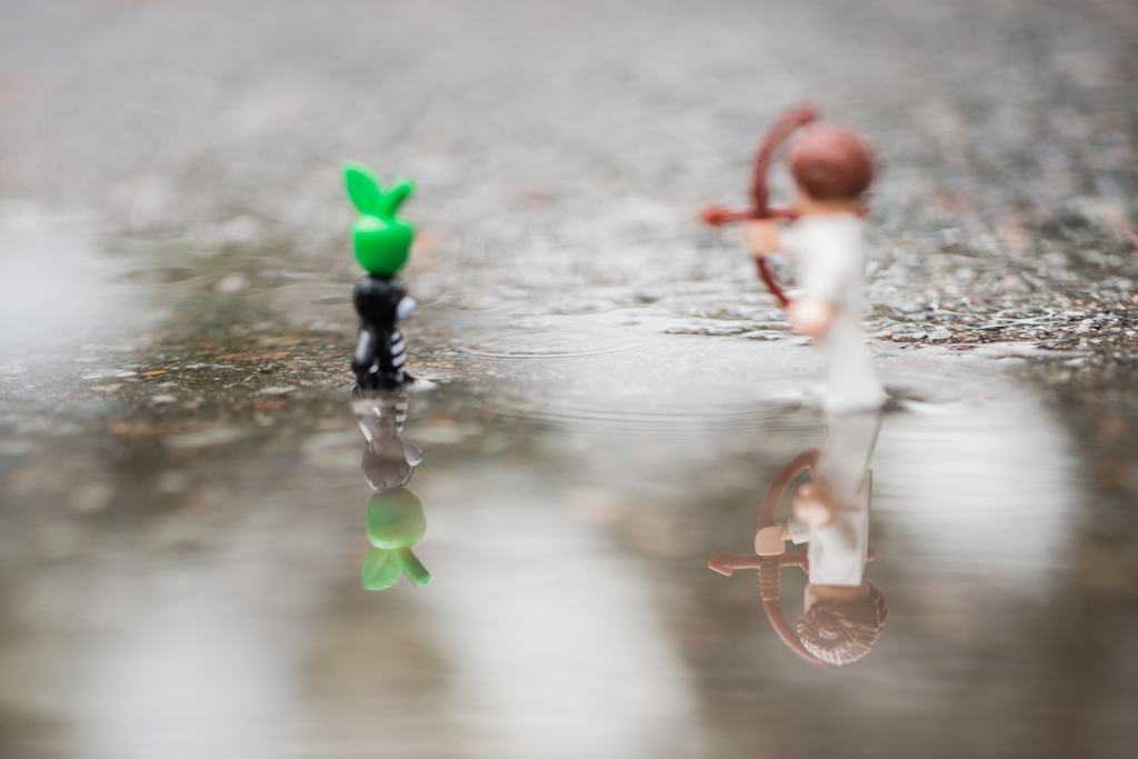 Playing – a reflection of a toy 32/52
